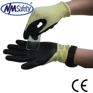 Nmsafety Foam Nitrile Coated Cut Resistant Protective Work Glove pictures & photos