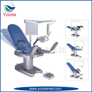 Gynecology Examination Bed with Castors pictures & photos
