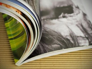 Supply Book Magazine Printing Service pictures & photos