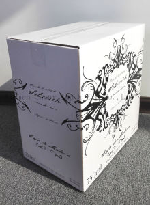 Gold Blocking Hardbound Box for Wine pictures & photos