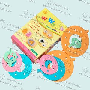 Plastic Pompon Maker for Kid DIY, Knitting Kit pictures & photos