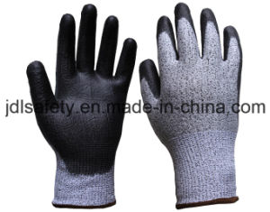 Glass Fiber Work Glove with PU Coating (PD8042) pictures & photos