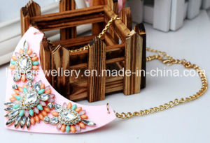 Fashion Jewelry/ New Design Shourouk Style Resin Stone Necklace (XJW13238) pictures & photos