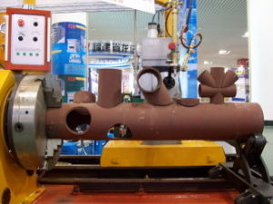 CNC Plasma and Gas Pipe Cutting Machine pictures & photos