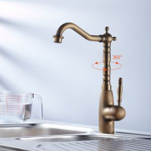 Classic Antique Bronze Kitchen Faucet pictures & photos