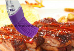 Transparent Silicone BBQ Brush Silicone Bread Brush for Holiday Sb06 pictures & photos