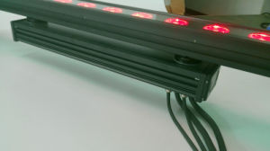 Outdoor 18PC 10W RGBW LED Wall Washer Bar pictures & photos