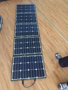 200W Foldable Solar Panel Charger pictures & photos