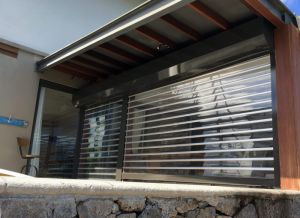 Residential Security Transparent Rolling Shutter Door pictures & photos