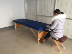 Traditional Popular Wooden Massage Table Mt-006b pictures & photos