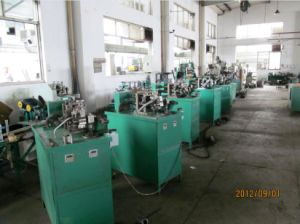 Square Locked Flexible Metal Tube Machine pictures & photos