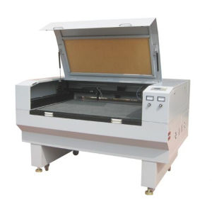 Favourable Price High Scanning Resolution Laser Cutting Machine with High Speed pictures & photos