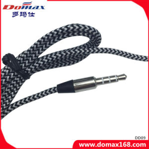 Mobile Phone Earphone for in-Ear Earphone Universal with Line Control pictures & photos