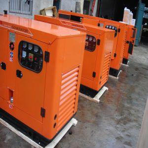 640kVA Diesel Engine Silent Portable Generator Set with Cummins Engine pictures & photos