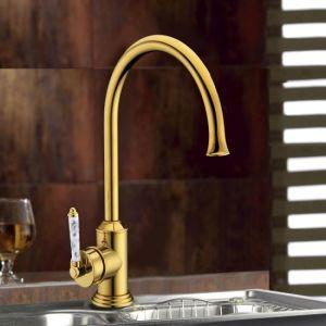 Golden Finish Brass Kitchen Sink Tap with Watermark Cartridge pictures & photos