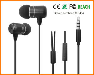Sport Metal Stereo in-Ear Earphone for Mobile Phones (REP-820-001) pictures & photos