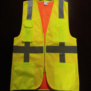 Safety Vest with Flu Yellow and Orange Double Faced Wearing pictures & photos
