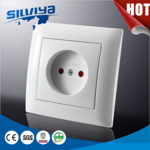 1 Gang 2 Pin Wall Socket Non-Grounding with Child Protection pictures & photos