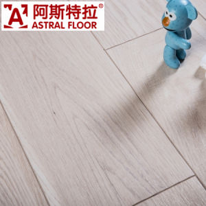 E1 AC3/AC4 Competitive Price with Waterproof HDF Wooden Laminated Flooring pictures & photos