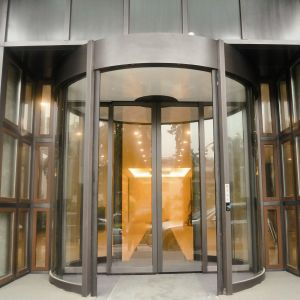 Automatic Rotating Door with Silver Color pictures & photos