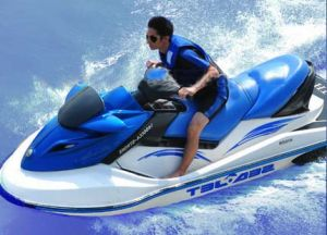 Water Motorcycle with Dohc 4-Stroke, 4-Cylinder, 1400cc Engine (EPA Certified) pictures & photos