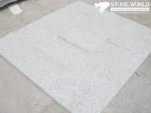 Popular Cheap Polished G697 Grey Flooring Tile for Chinease Granite pictures & photos