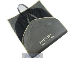 Wholesale Garment Paper Packaging Bag/Garment Cover Bag/Suit Cover/Garment Cover pictures & photos