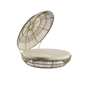 Rattan Canopy Bed Outdoor Furniture Chaise Daybed Beach Lounge pictures & photos