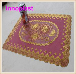 PVC Lace Color Table Mat/ Placemat/ Gold Doilies pictures & photos