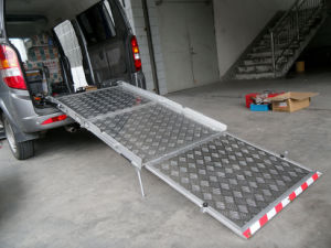 Manual Wheelchair Ramp (BMWR-3) pictures & photos