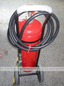 35kg Wheeled Dry Powder Fire Extinguisher with External Cartridge pictures & photos