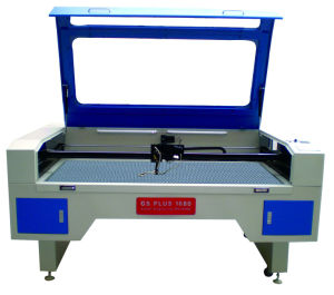 Widely Used in Clothing Industry CO2 Laser Cutting Machine with CCD Camera for Cutting Trademarks pictures & photos
