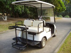 Folding Seats Four Person Electric Vehicle for Golf Use pictures & photos