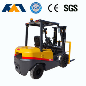 CE Certification 2.5ton Diesel Forklift Truck with Japanese Engine pictures & photos