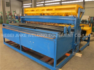 Welded Galvanized Wire Roll Mesh Machine pictures & photos