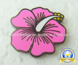 Custom Zinc Die Cast Hard Enamel Badge pictures & photos