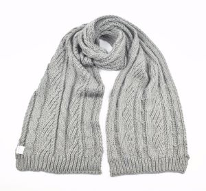 Unisex Winter Acrylic Cable Knitting Pattern Scarf pictures & photos