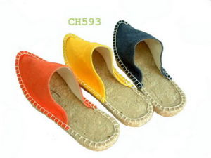 Slippers for Ladies in Fashion (CH593) pictures & photos