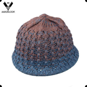 Winter Acrylic Two Tone Cross Knitted Hat pictures & photos