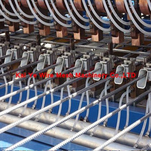 Wire Mesh Making Machine for Wire Feeding Automatically pictures & photos