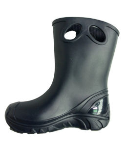Boys PVC Boots for Raining Day pictures & photos