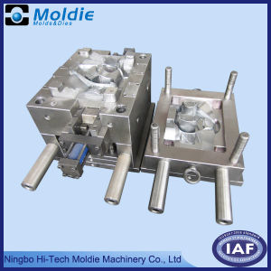 Plastic Injection Mold for Auto Steeling Wheel pictures & photos