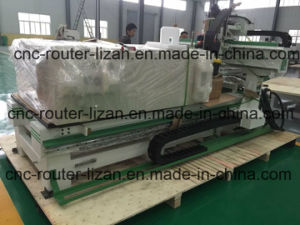 CNC Woodworking Machining Center Made in China pictures & photos