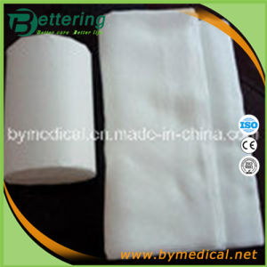 Sterile Abosrbent Cotton Zig-Zag Gauze Roll pictures & photos