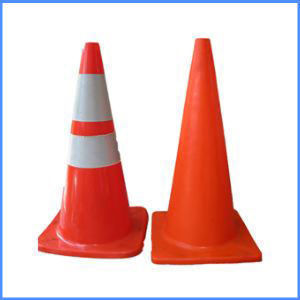 Traffic Safety Products Retractable Traffic Cone / Rubber Road Traffic Cone for Safety pictures & photos