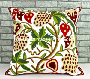 100% Cotton Embroidery Cushion Cover (QCK-1501) pictures & photos