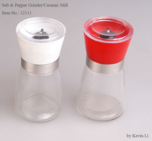 Manual Salt & Pepper Bottle with Grinder (12111) pictures & photos