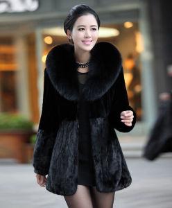Women′s 100% Genuine Mink Fur Coat with Big Fox Fur Collar Patchwork