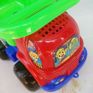 Funny Children Beach Car Toys with Sand-Excavating Tools pictures & photos