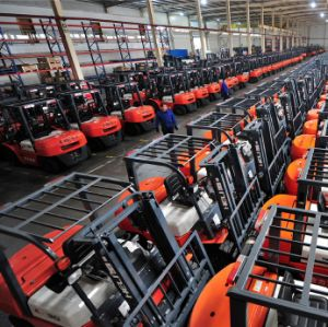 Electric Battery 1 Ton 1.5 Ton Small Forklift for Sale pictures & photos